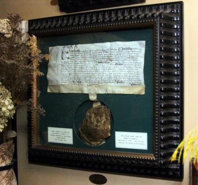 The-Second-Great-Seal-of-Queen-Elizabeth-I.jpg