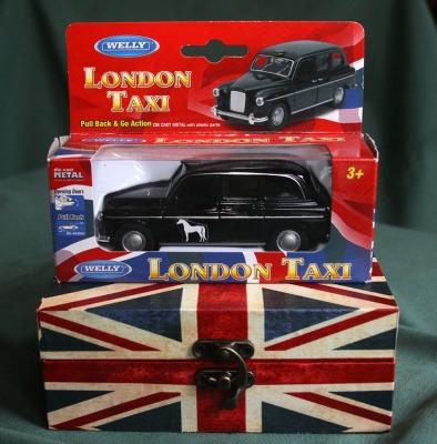 Die Cast Model Of  'Audrey'     London-Taxi.jpg